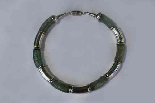necklace with silver  and jade shiny green curves 15x34mm,
