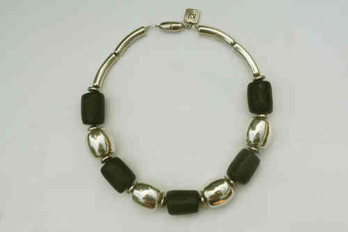 necklace with black roles 20x27mm and silver tuns 24x24mm