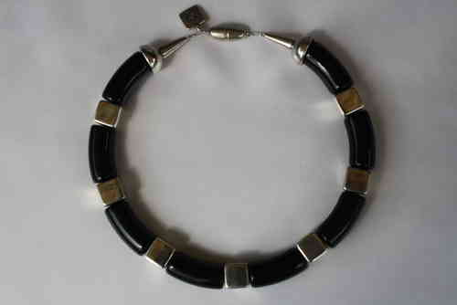 necklace with black curves 15x34mm and silver cubes 14mm