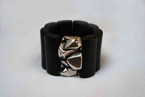 bracelett Ø60mm with black and one silver nugget plates 47x24mm